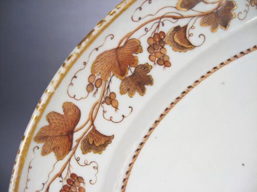 Sepia_platter_1810_detail2