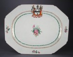 Armorial platter crest with dogs 1760