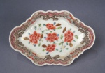 Famille_rose_elongated_hexagonal_molded_dish