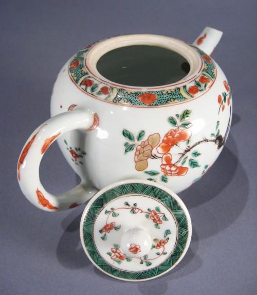 Famille_verte_teapot_detail