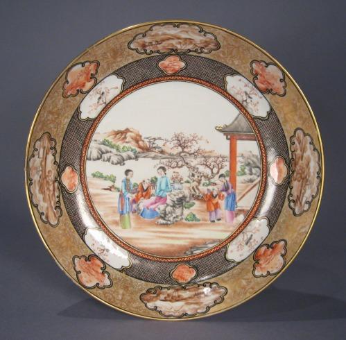 Rockefeller large saucer