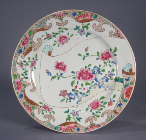 Famille rose pair plates 11 inch 1780 detail