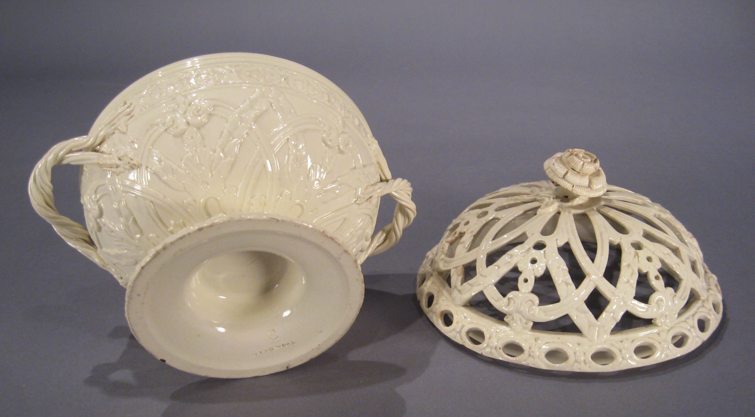 Wedgwood Creamware Reticulated Bowl on European Antiques Furniture