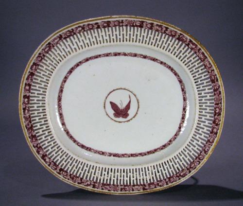 Van Rensselear reticulated plate