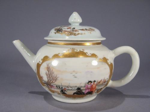 Small teapot in Meissen pattern