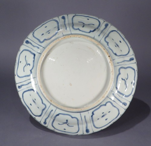Blue and white kraak ware charger detail 1