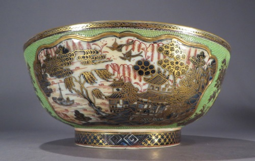 Clobbered chicken skin punch bowl detail 2