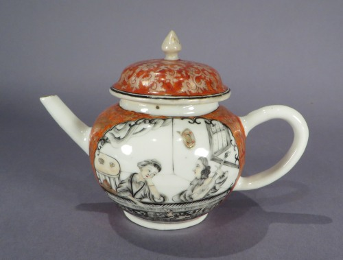 Red and grisailles teapot 1740