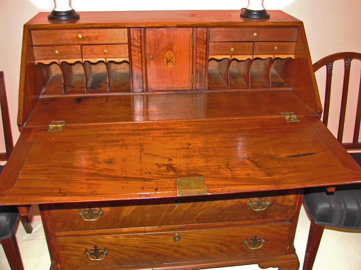 Slant front desk detail 2 - Pennsylvania Slant Front Desk C.1790 DUBEY'S ART & ANTIQUES