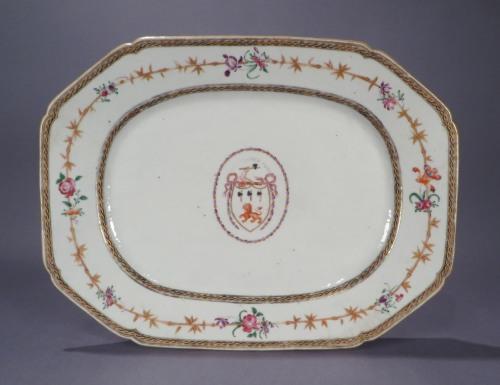 Armorial platters pair jackson 1775 detail 3