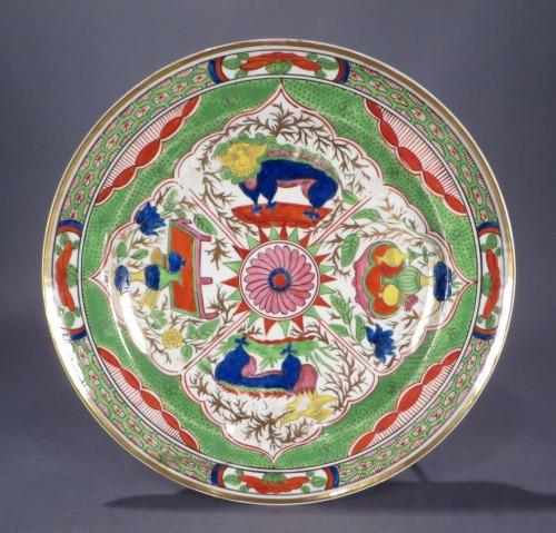 Pair of bengal tiger plates detail 1