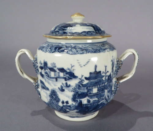 Blue and white sugar bowl 1770 detail