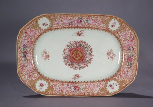 Famille rose small platter 1790