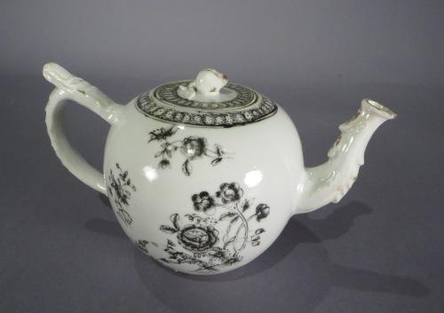 Grisailles teapot 2 detail