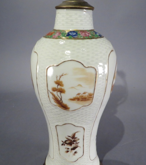 Chinese export sepia lamp 1810 detail 2
