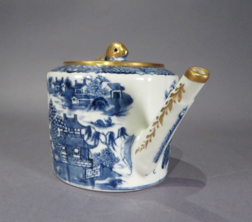 Blue and white drum form teapot 1790 detail 2
