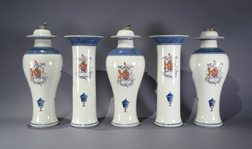 Armorial garniture set