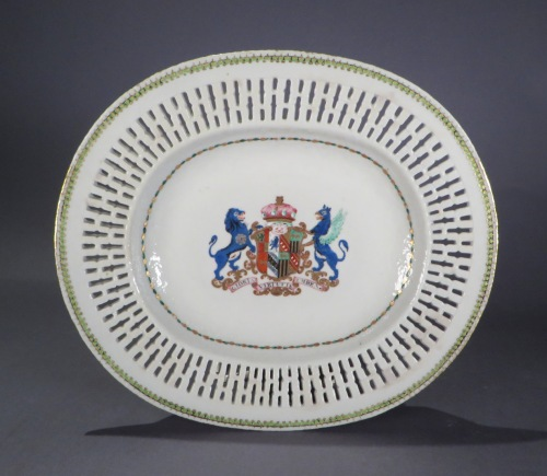 Armorial reticulated platter pair arms of pakenham 1785 detail 1
