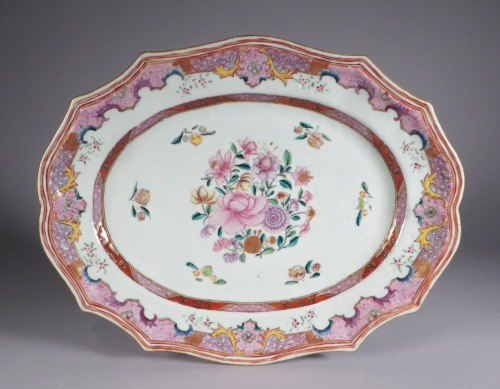 Famille rose continental border platters 1775 detail 2