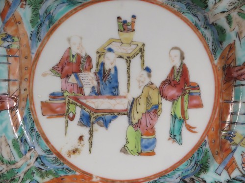 Mandarin plates river scene border detail 3
