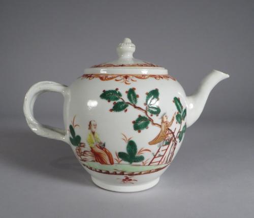 Famille verte teapot detail 1