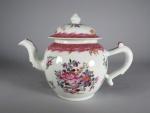 famille-rose-teapot-1775