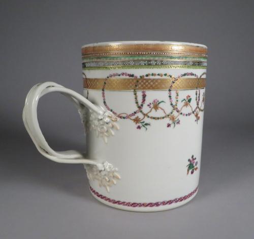 famille-rose-cann-1770-detail-2