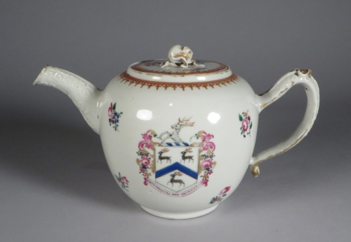 armorial-arms-of-rogers-teapot