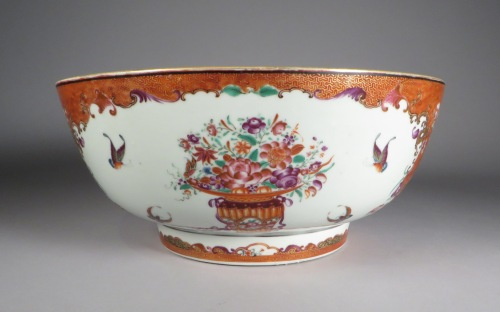famille-rose-y-diaper-punch-bowl-1785-detail-1